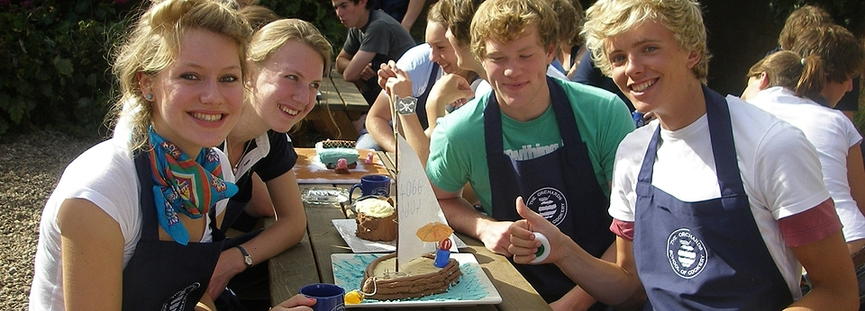 Students Boat Cake